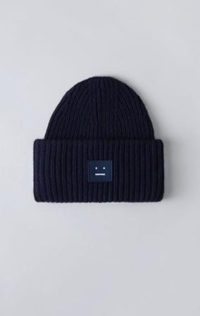 cappello acne studios 8€
