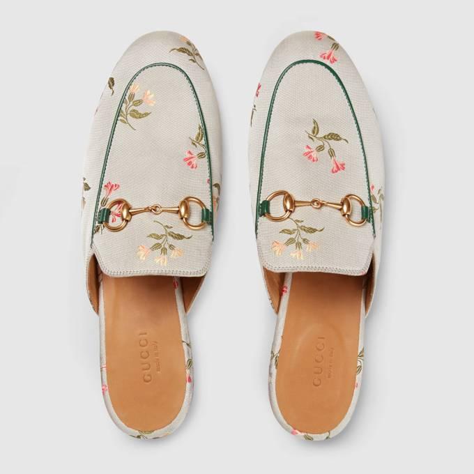 423514_KZ330_8174_003_100_0000_Light-Princetown-floral-duchesse-slipper